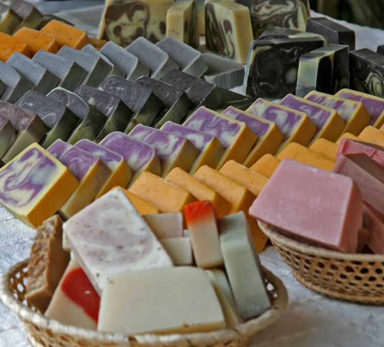 Háziszappan a szaunában - kézműves vásár különféle szappanokkal